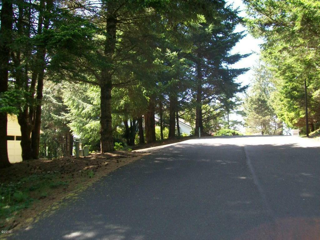 759 Nw Highland Dr, Waldport, OR - USA (photo 4)