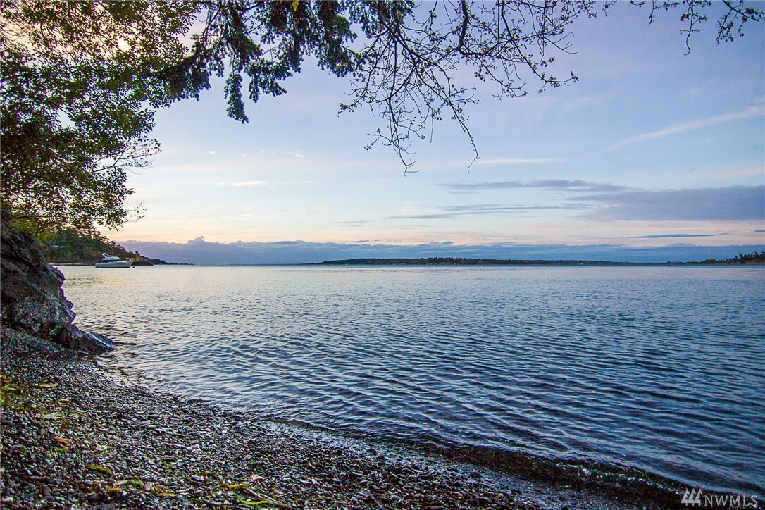 1424 Seacrest Dr, Lummi Island, WA - USA (photo 1)