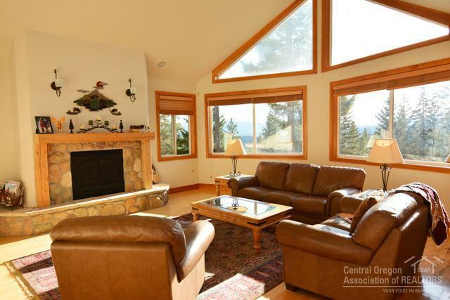 141849 Elk Haven Way, Crescent Lake, OR - USA (photo 2)