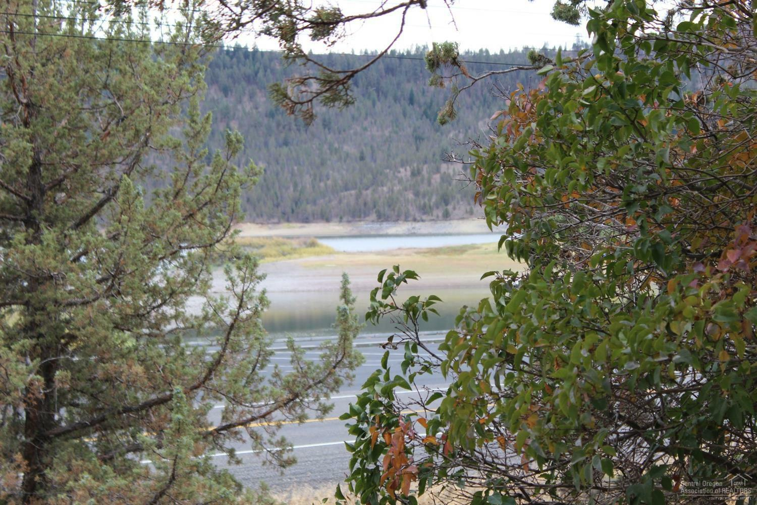 700 Northeast Rocky Top Road, Prineville, OR - USA (photo 2)