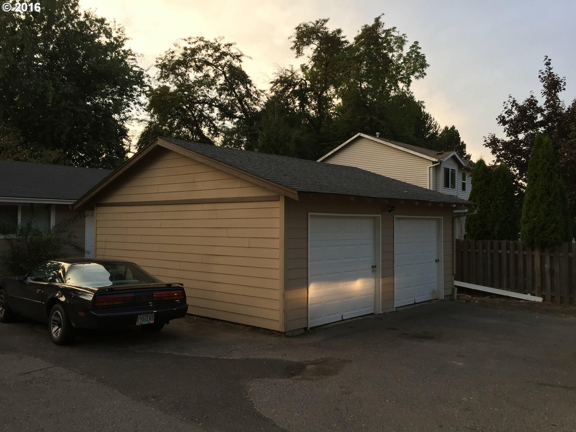 151 Se Hogan Rd, Gresham, OR - USA (photo 4)