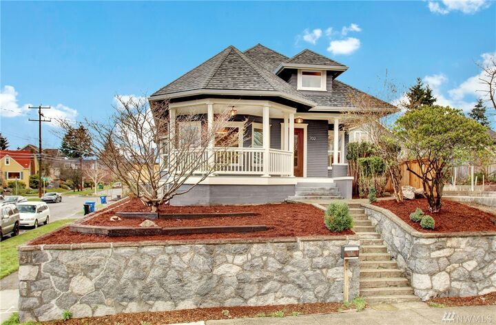 Windermere Real Estate Stellar Group | 850 Officers Row, Vancouver, WA, 98661 | +1 (360) 695-0148