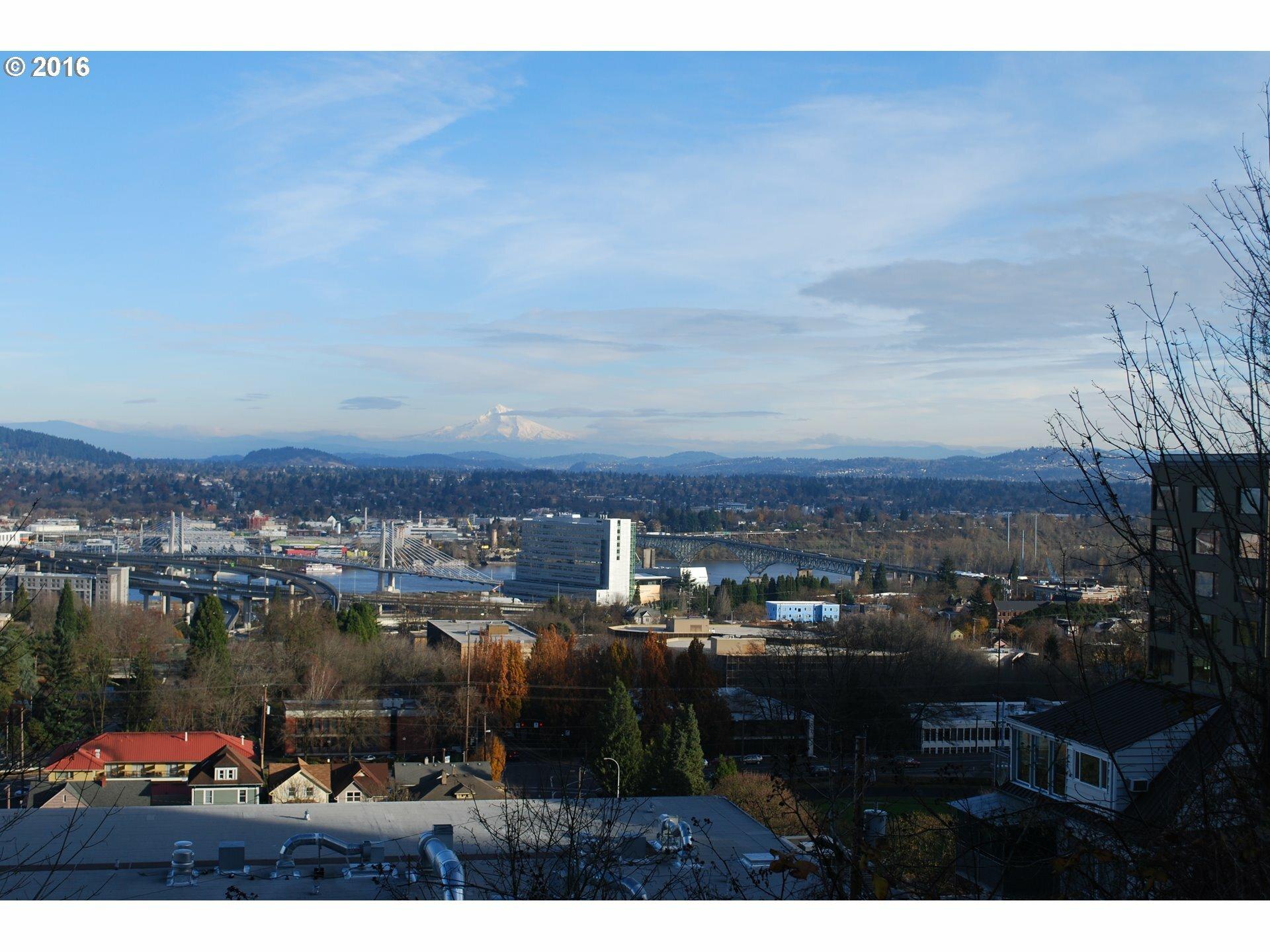 2420 Sw Hoffman Ave, Portland, OR - USA (photo 4)