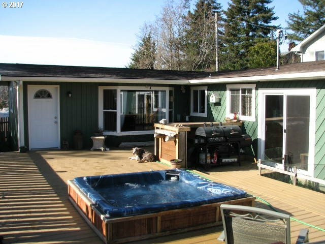 470 3rd Ct, Coos Bay, OR - USA (photo 2)