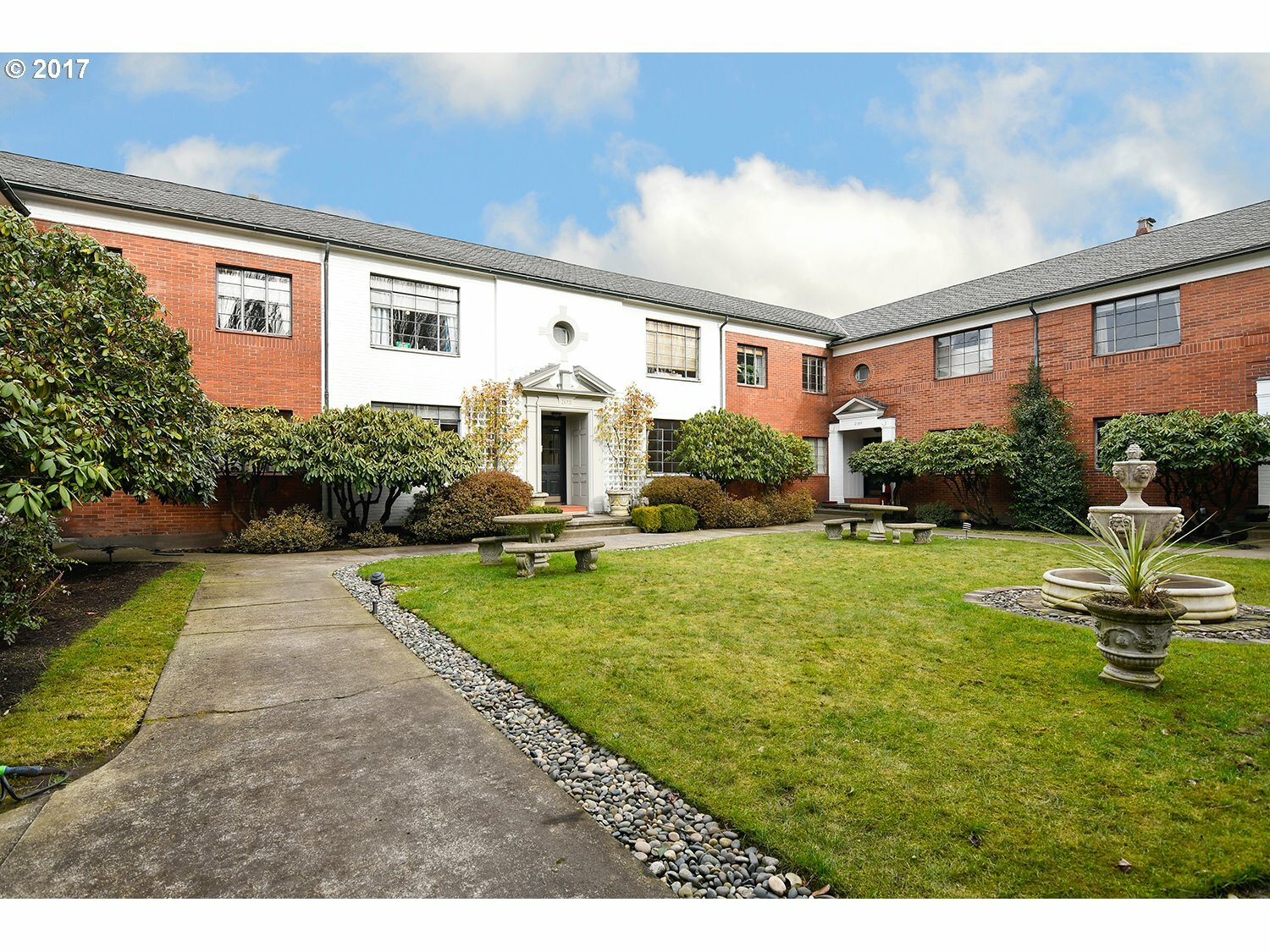 2173 Nw Irving St 8, Portland, OR - USA (photo 1)