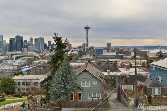 362 Ward St, Seattle, WA - USA (photo 2)