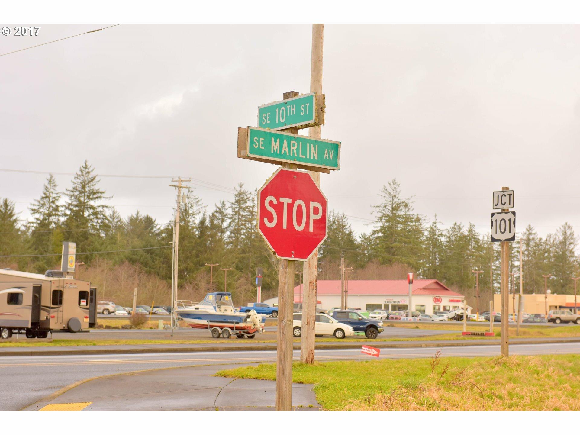 1360 10th St, Warrenton, OR - USA (photo 3)