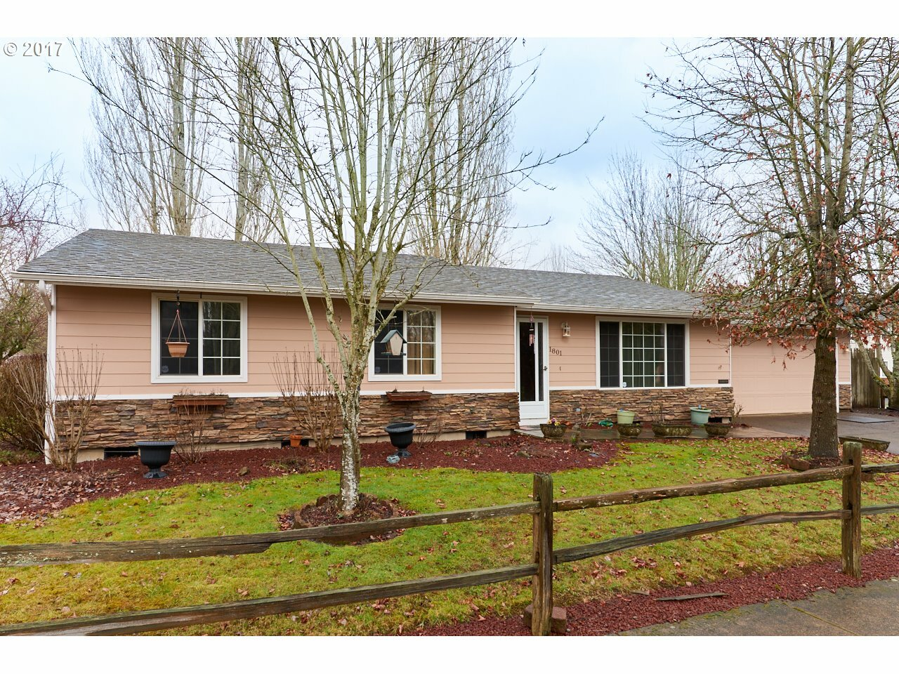 1801 Sw Tamarack St, Mcminnville, OR - USA (photo 1)