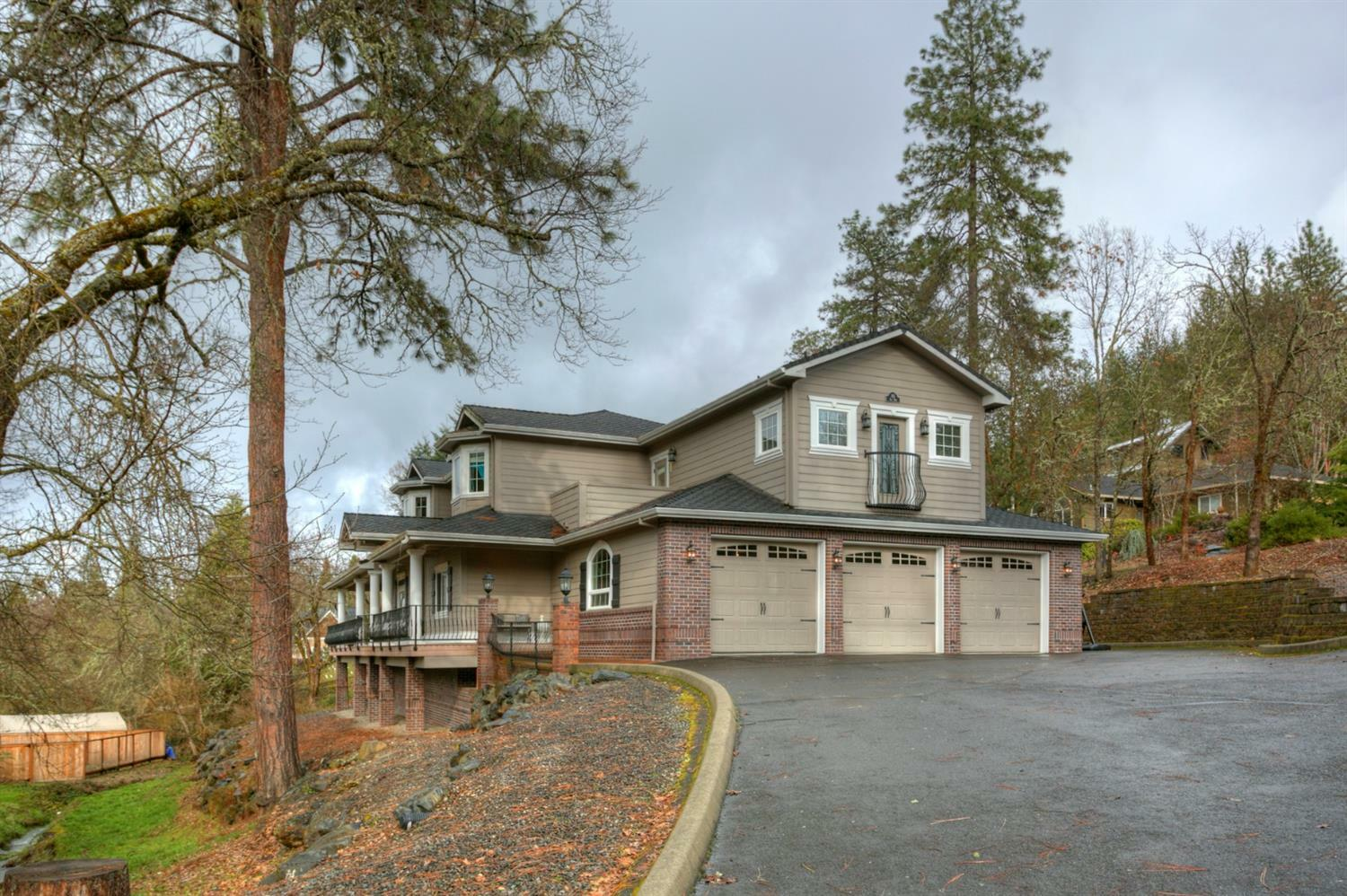 115 Lily Road, Jacksonville, OR - USA (photo 2)