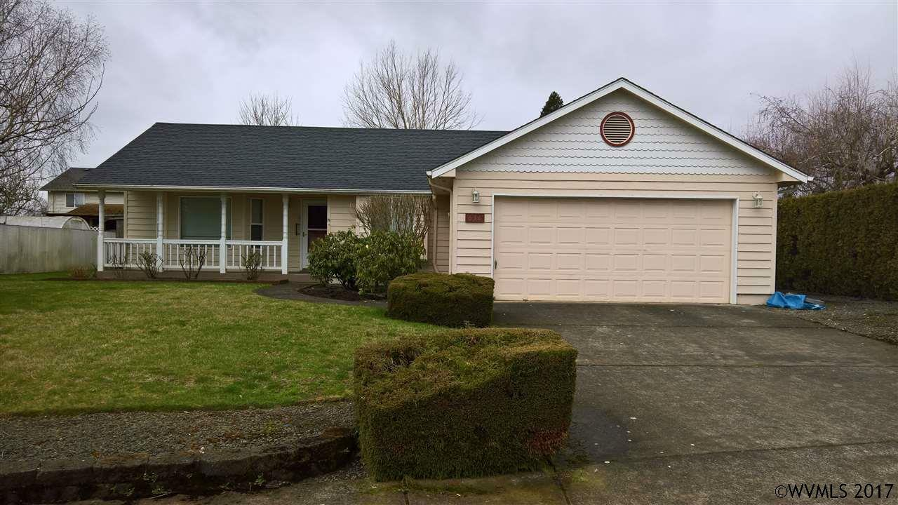 636 S 11th St, Independence, OR - USA (photo 1)