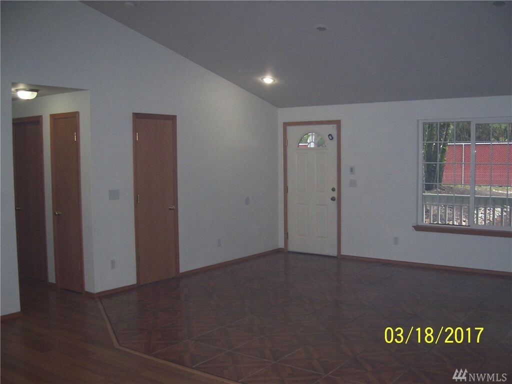14035 Littlerock Rd Sw, Rochester, WA - USA (photo 5)