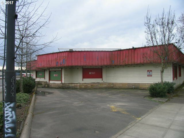 5145 Se Mcloughlin Blvd, Portland, OR - USA (photo 3)