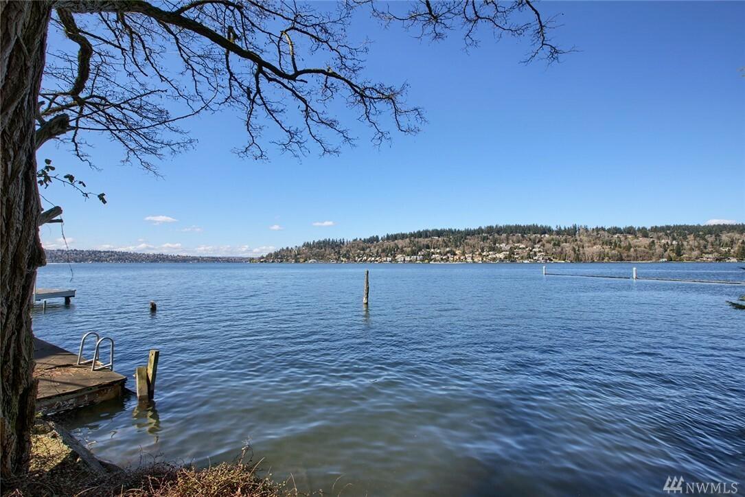 3827 Lake Washington Blvd N, Renton, WA - USA (photo 2)