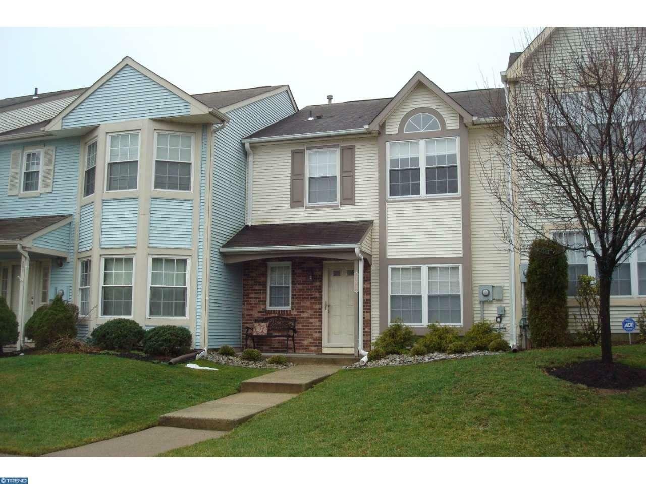 202 Waverly Ct, Robbinsville, NJ - USA (photo 1)