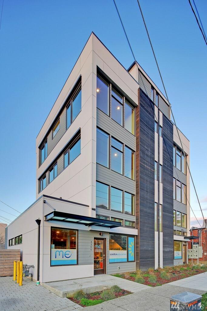 4306 Sw Walker St, Seattle, WA - USA (photo 1)
