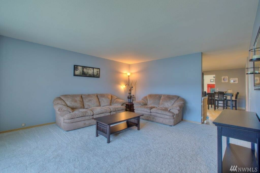 1304 Mellinger Ave Nw, Orting, WA - USA (photo 3)