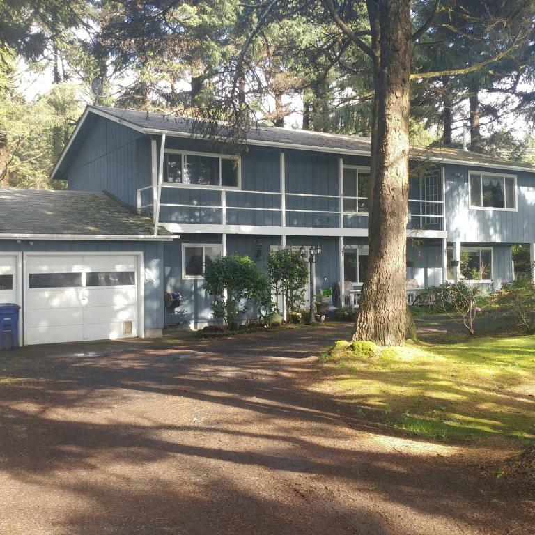 9203 Sw Abalone St, Newport, OR - USA (photo 1)