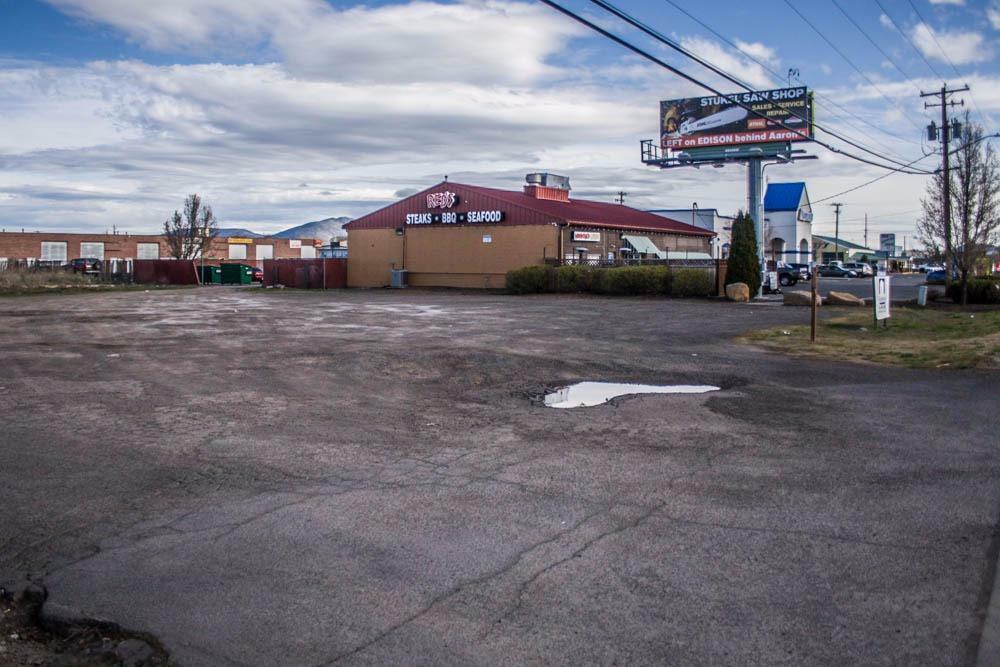 3427 Washburn Way, Klamath Falls, OR - USA (photo 5)