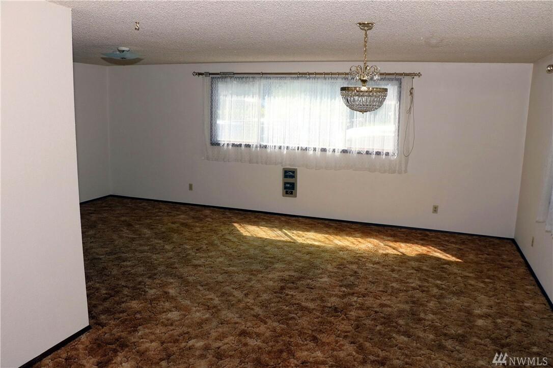 12411 Glenwood Ave Sw, Lakewood, WA - USA (photo 4)