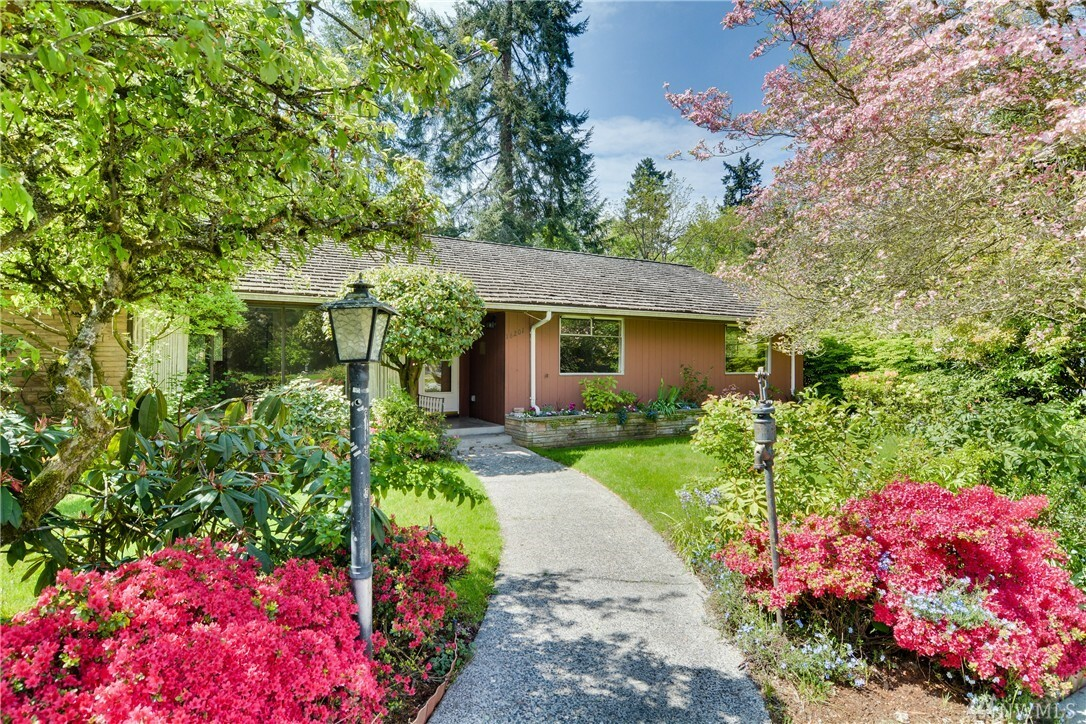 16201 37th Ave Ne, Seattle, WA - USA (photo 1)