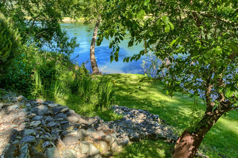 4941 Riverbanks Road, Grants Pass, OR - USA (photo 3)