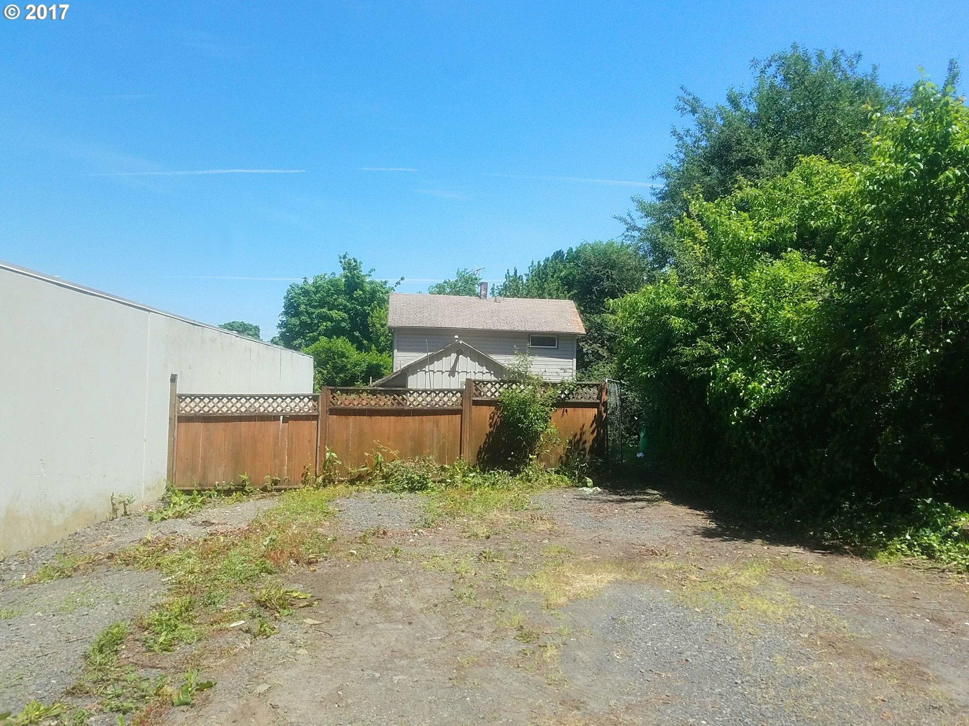 2643 Nw Saint Helens Rd, Portland, OR - USA (photo 1)