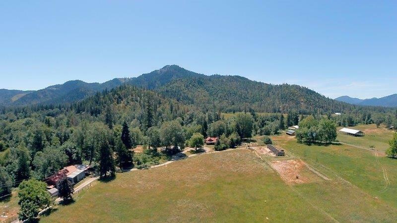 10612 E Evans Creek Road, Rogue River, OR - USA (photo 1)