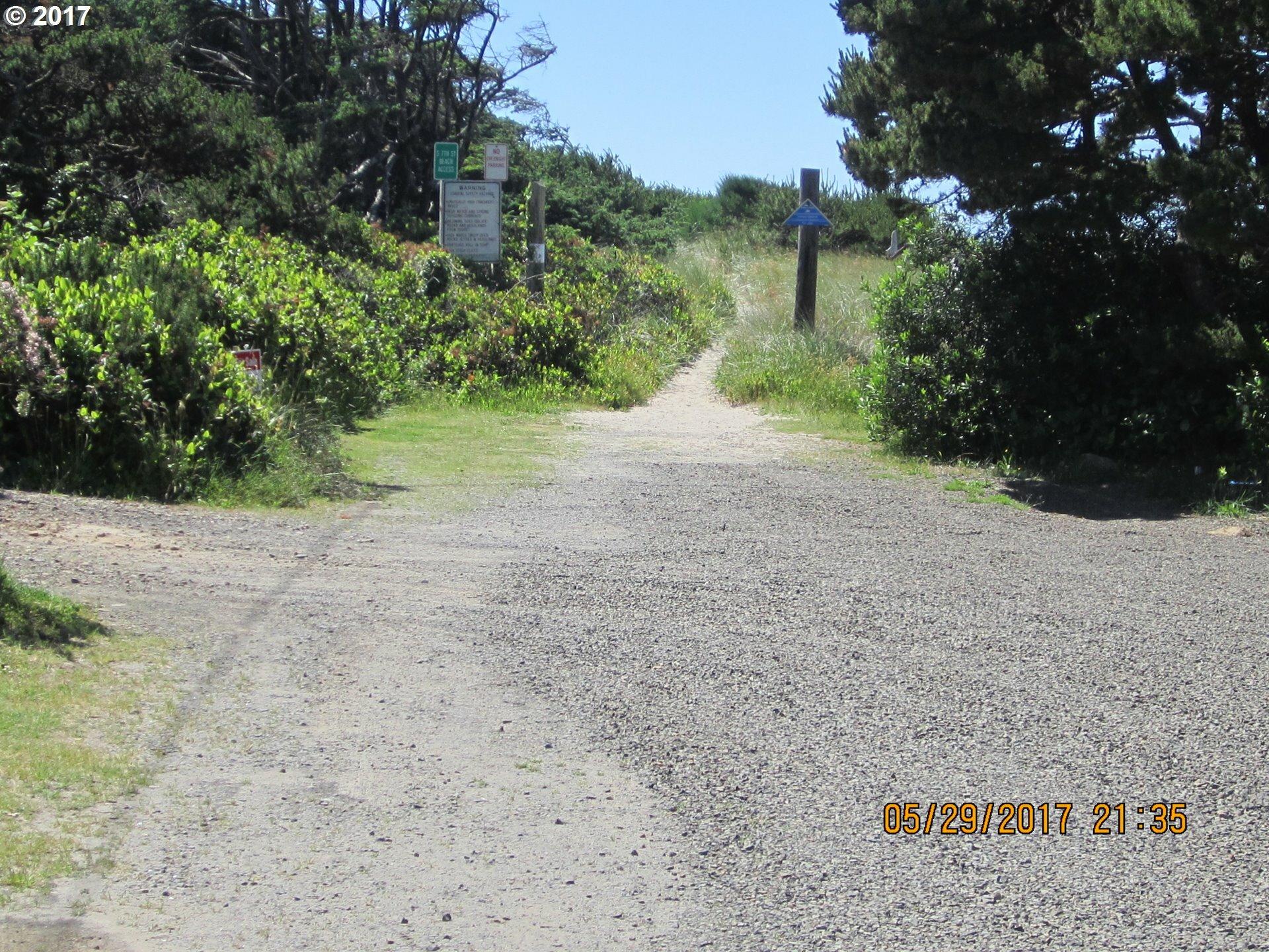660 S Pacific St, Rockaway Beach, OR - USA (photo 5)