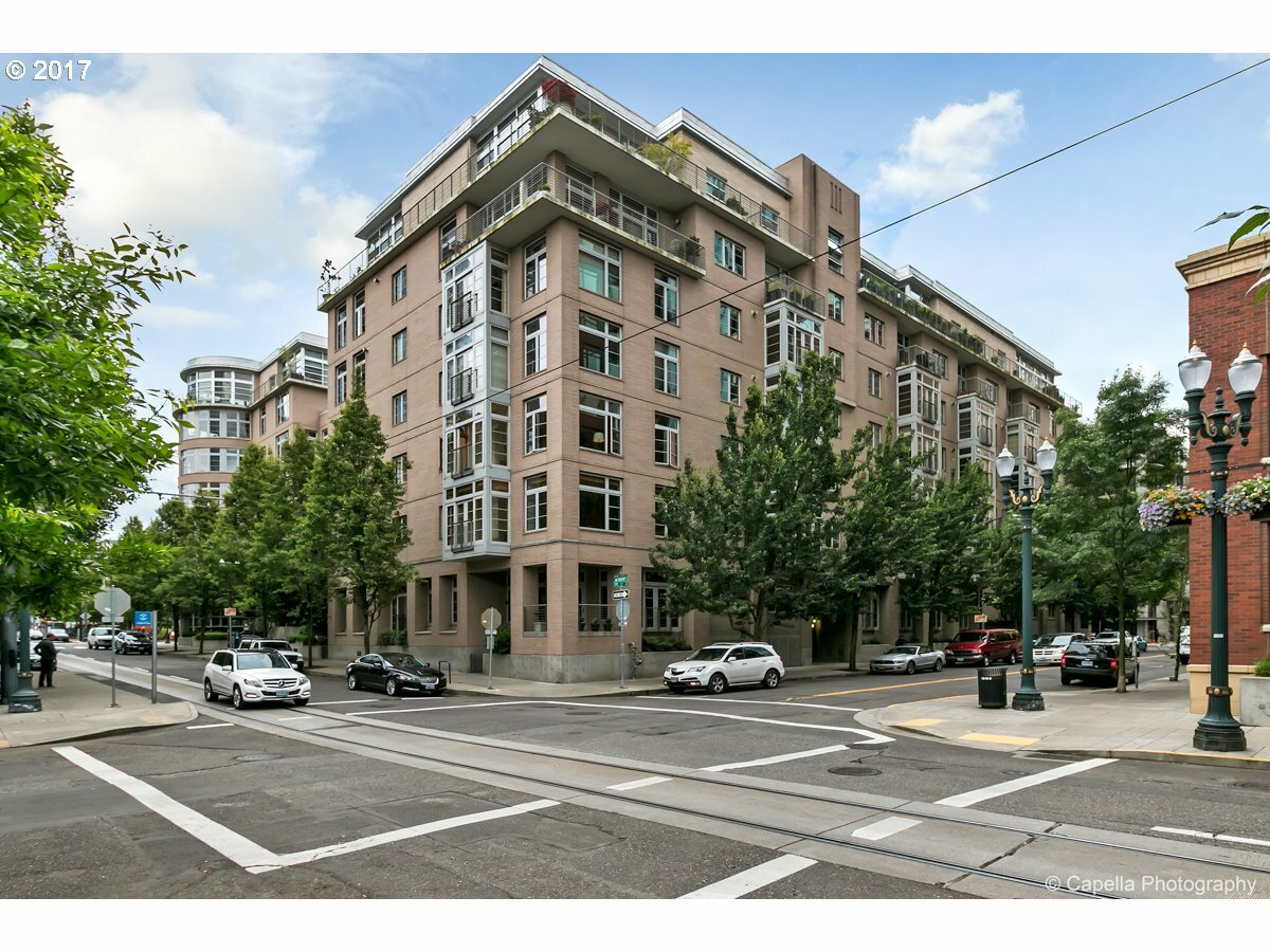1130 Nw 12th Ave 300, Portland, OR - USA (photo 1)