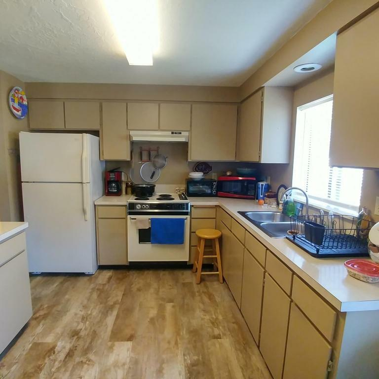 318 Nw 56th St, Newport, OR - USA (photo 4)
