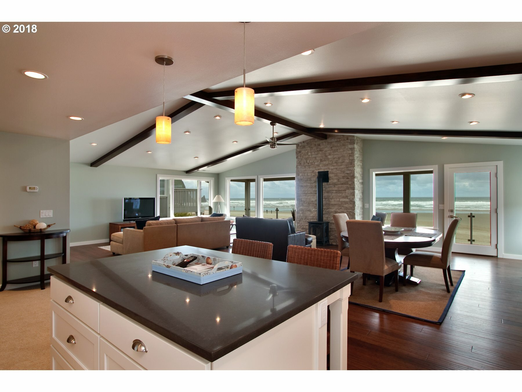 1216 Pacific St, Cannon Beach, OR - USA (photo 5)
