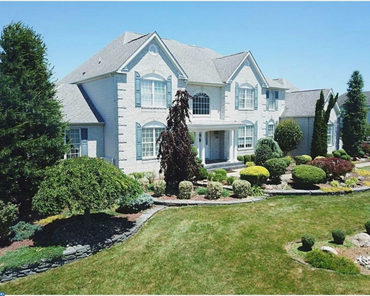 16 Sherwood Ln, Columbus, NJ - USA (photo 1)