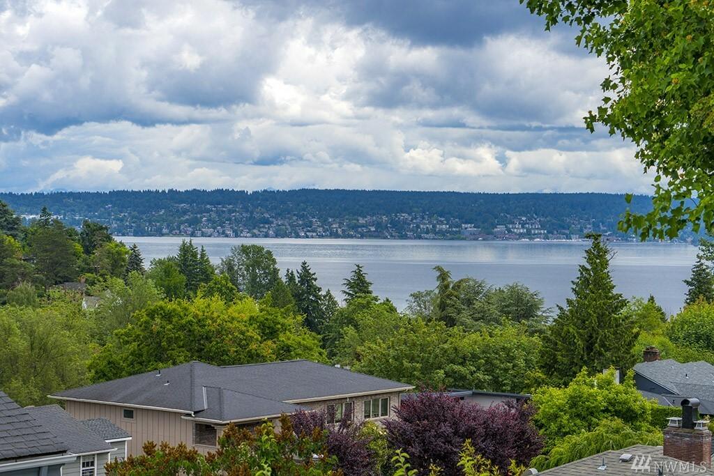 5042 Harold Place Ne, Seattle, WA - USA (photo 2)
