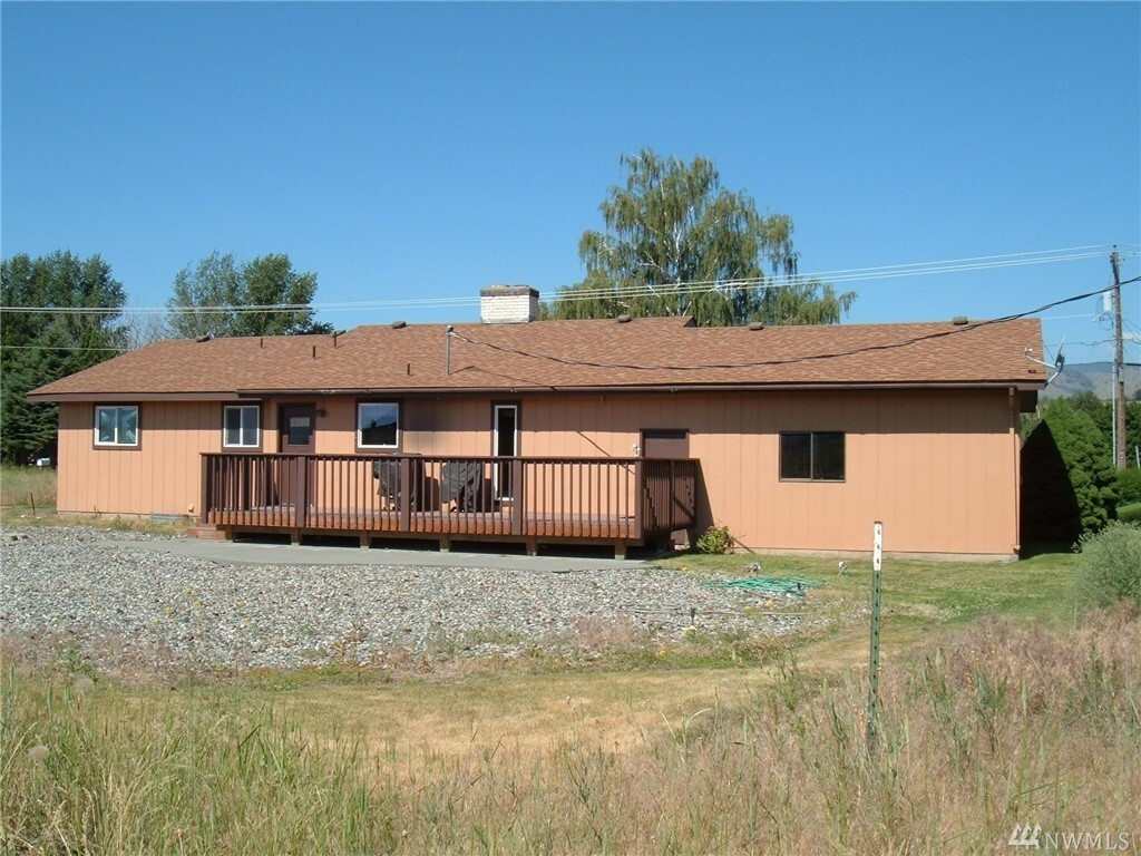 36 Hopfer Rd, Omak, WA - USA (photo 2)