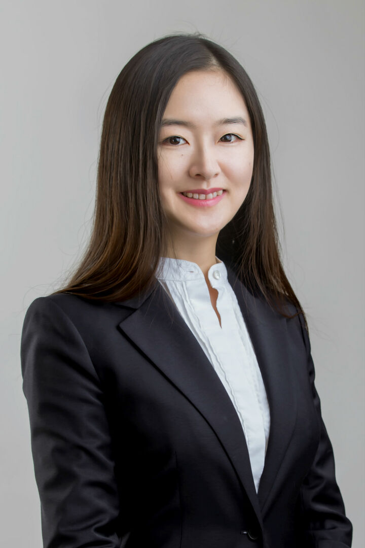 Yvonne Dong