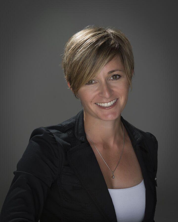 Christina Carroll,  in El Dorado Hills, Intero Real Estate