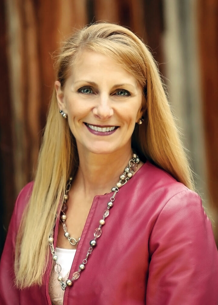 Gina Roth, Realtor in Walnut Creek, Dudum Real Estate