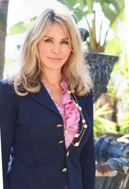 Christine Kelly