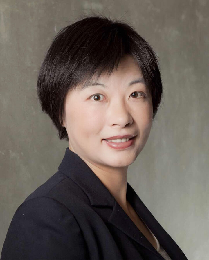 Xenia Xia,  in Saratoga, Intero Real Estate
