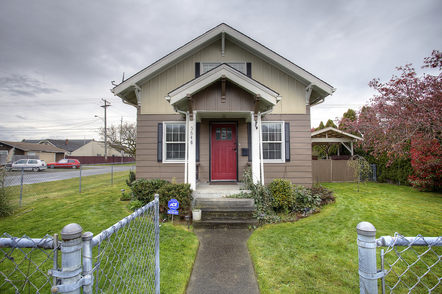 5648 S Oakes St, Tacoma, WA - USA (photo 2)