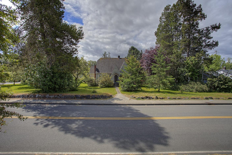 210 Gove St, Steilacoom, WA - USA (photo 1)
